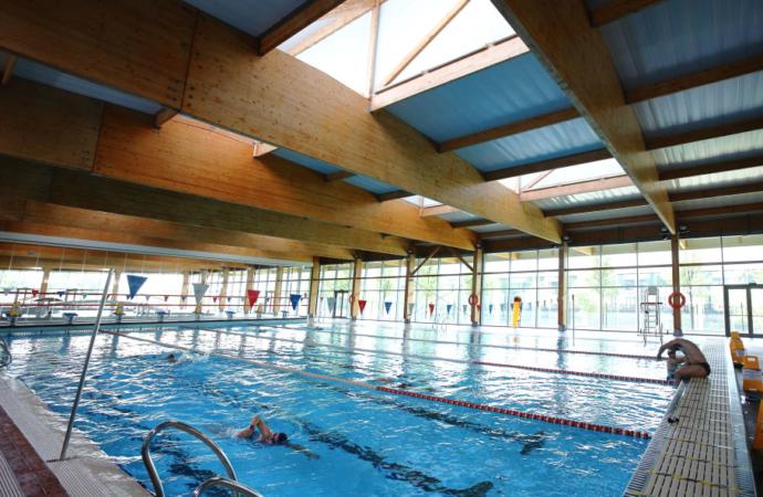 Cursos de natación de verano 2021 en el Complejo Deportivo Espartales de Alcalá: abierto plazo de inscripción