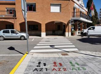 Azuqueca ya cuenta con señalización horizontal en dos de las rutas de 'Caminos escolares seguros'