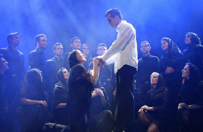 """Este viernes y sábado el Teatro Municipal José María Rodero acoge el musical """"La magia de Broadway"""""""