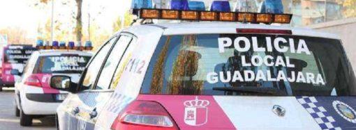 Detenidas dos personas en Guadalajara por robar la motocicleta a un repartidor