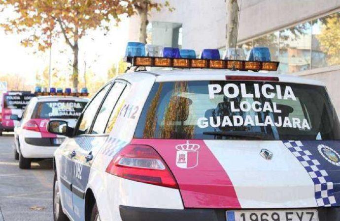 La Policía Local de Guadalajara ha interpuesto 159 denuncias por incumplimiento de las medidas restrictivas esta última semana