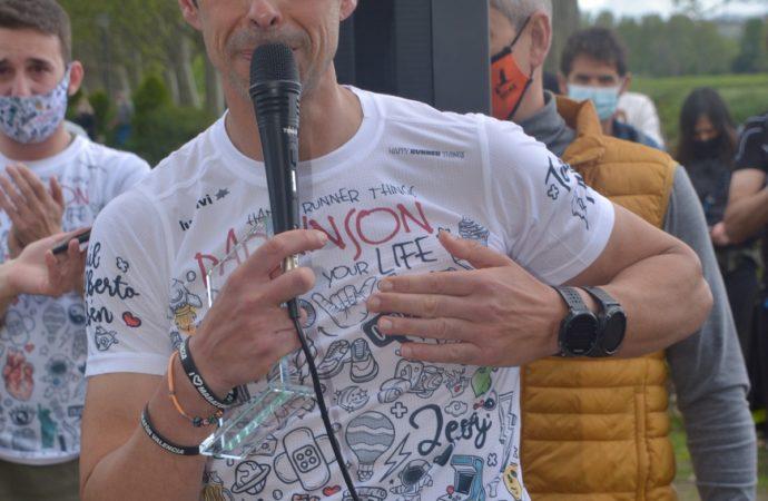 Reto conseguido: Fernando Cáliz ha corrido 200 kilómetros durante 24 horas para dar visibilidad al Párkinson