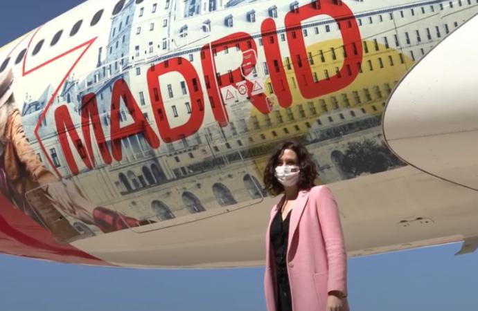 Así volará «Don Quijote de Alcalá» en un Airbus para promocionar la Comunidad de Madrid