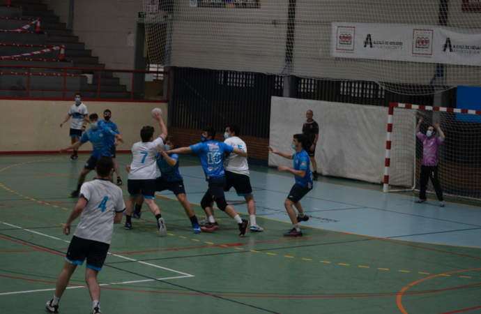 Balonmano: crónicas del C.D. Iplacea de Alcalá del pasado fin de semana