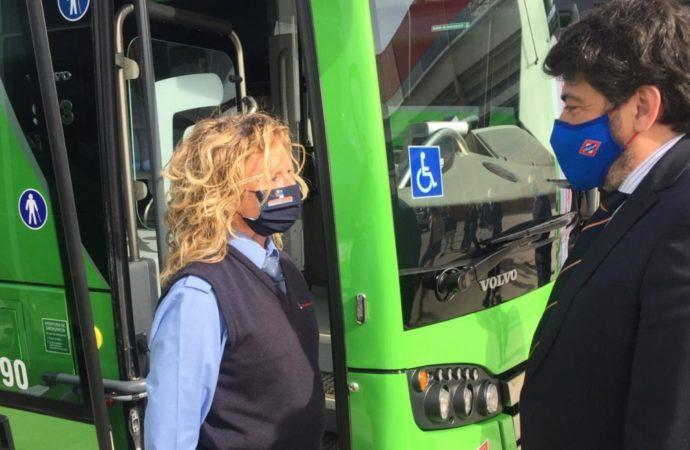 Desde este lunes 12 la línea 3  de autobuses llegará al Polígono de los Almendros en Torrejón