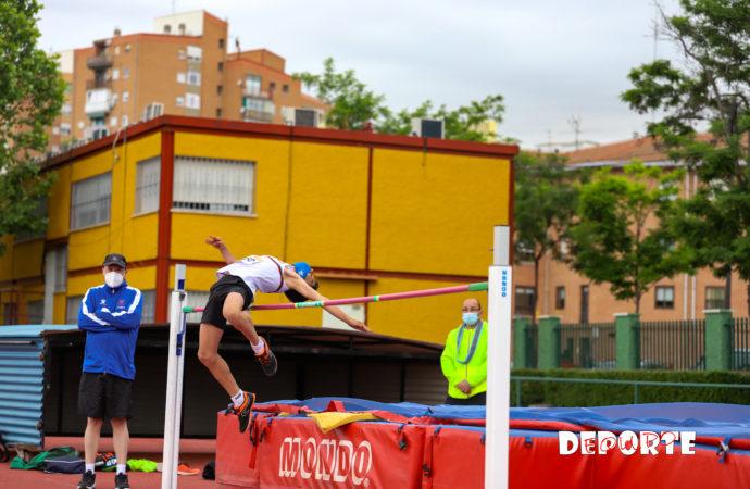 Atletismo: 800 menores en la Reunión organizada por el Club Atletismo Cervantes, Federación Madrileña y Ayuntamiento