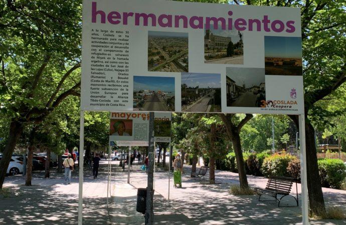 Coslada instala en La Rambla una exposición sobre las tres décadas de Cooperación en Coslada