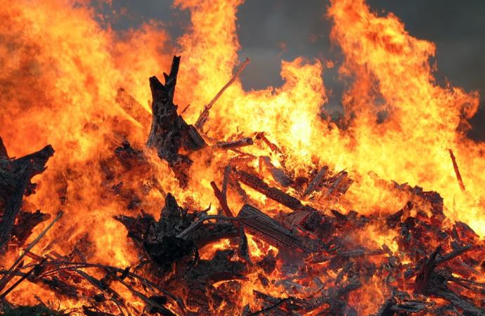 Sanciones de hasta 3 mil euros para quienes no realicen desbroces de parcelas privadas evitando peligro de incendios