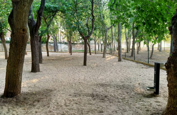 Nueva área canina ubicada en el parque Dolores Ibárruri de San Fernando de Henares