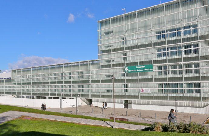 Los centros de mayores de Coslada volverán a abrir en septiembre y con servicios para el verano