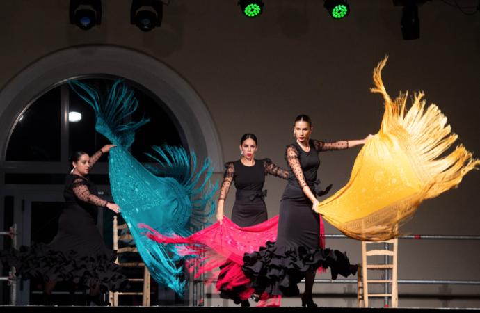 La lluvia no pudo con la «Calma» de Pilar Barbancho en «Las Noches del Patio» de las Fiestas de Alcalá