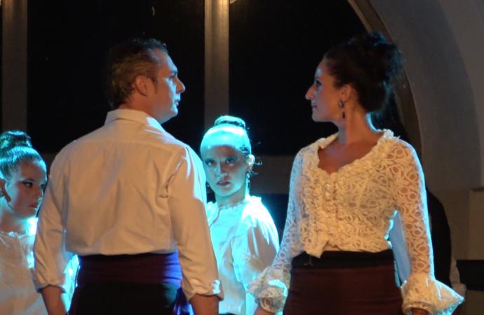 Pepe Vento y su Escuela de Danza llenaron «Las Noches del Patio» de Alcalá con «La Escabechera»