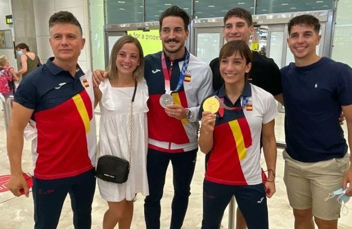 Recibimiento del karate alcalaíno a los campeones Sandra Sánchez, Damián Quintero y su entrenador Jesús del Moral