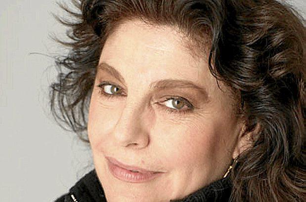La actriz Charo López, Premio Ciudad de Alcalá de las Artes y las Letras 2021