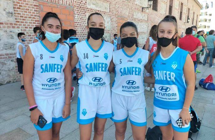 Gran éxito de participación en el torneo 3×3 de baloncesto celebrado en la simbólica plaza de España de San Fernando