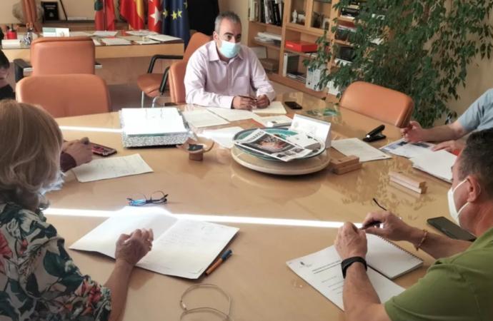 Avanzar con el Pacto Local por el Empleo en San Fernando: objetivo de la reunión del alcalde con UGT, CCOO y AEDHE
