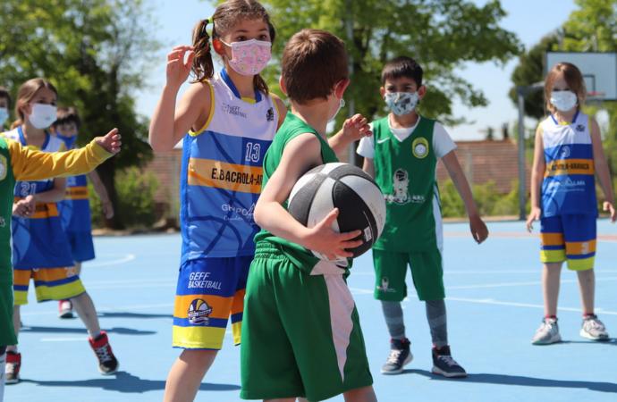 Torneo de baloncesto «3×3» en la Plaza de España de San Fernando este domingo 12 de septiembre