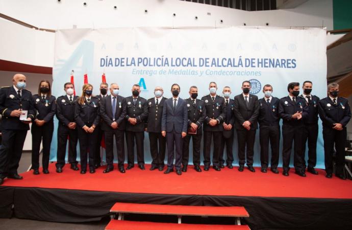 Alcalá de Henares celebra el Día de la Policía Local, Día de la Patrona