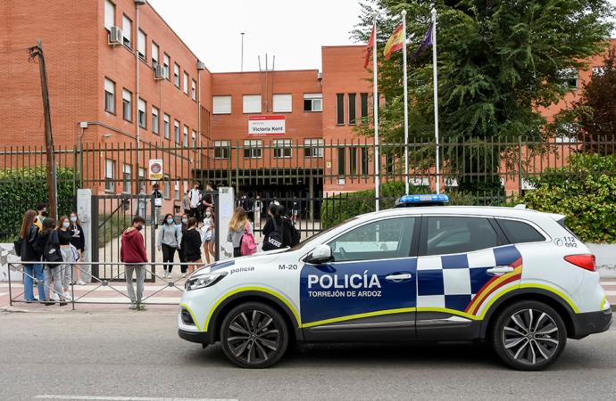 """Torrejón presenta su """"Plan de Prevención de las Novatadas en los Institutos"""""""