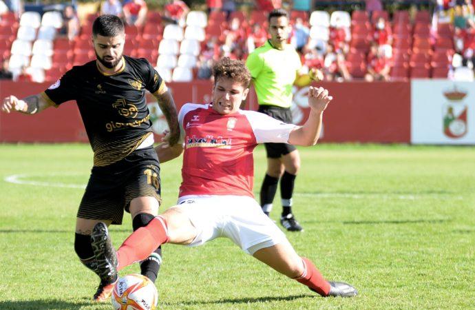 Fútbol. Tercera División: victoria de la RSD Alcalá y derrota de la A.D. Complutense en el inicio liguero