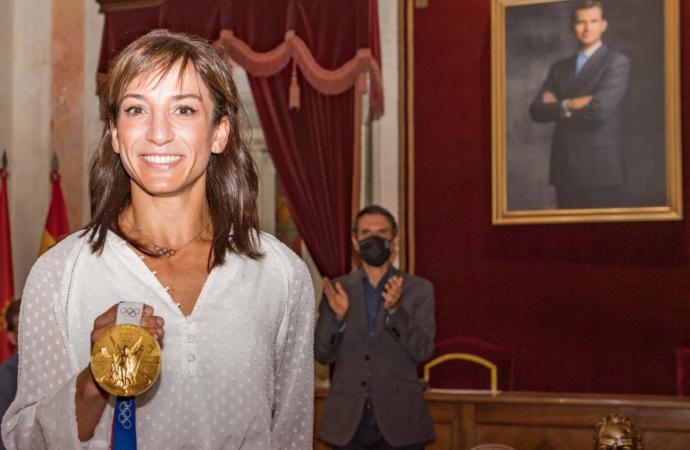 Sandra Sánchez, en Alcalá: «la primera noche sí dormí con la medalla olímpica, ahora no que pesa mucho»