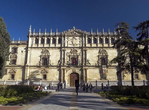 El humorista y arquitecto Peridis será investido doctor «Honoris Causa» por la Universidad de Alcalá