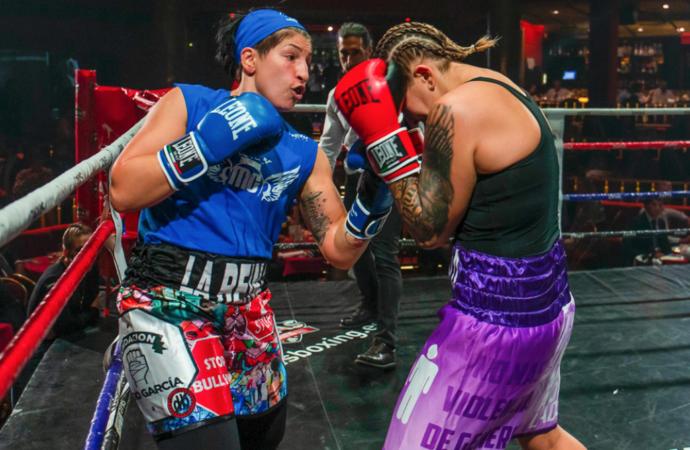 La boxeadora y teniente de alcalde de Torrejón, Miriam Gutiérrez, volvió a subirse al ring en una velada benéfica contra el cáncer infantil