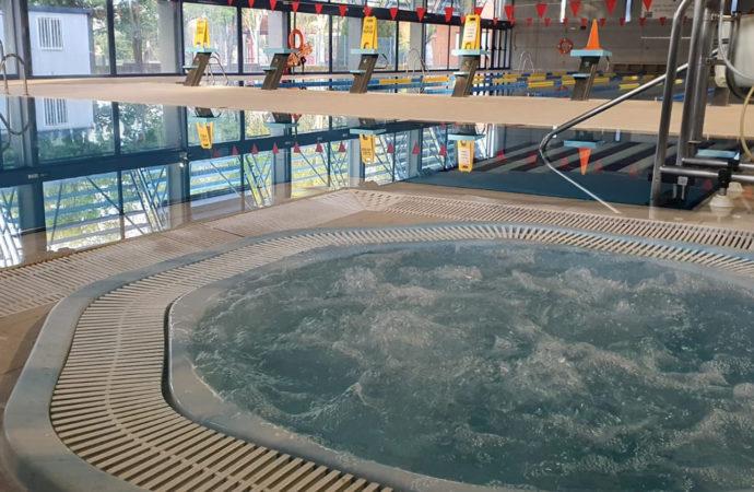 Nueva temporada en la piscina climatizada de Azuqueca de Henares