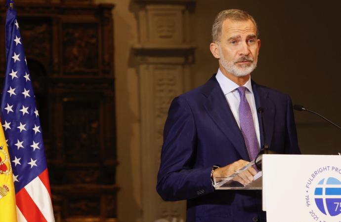 El Rey Felipe entrega a Javier Solana el Premio «Una Trayectoria Fulbright» en la Universidad de Alcalá
