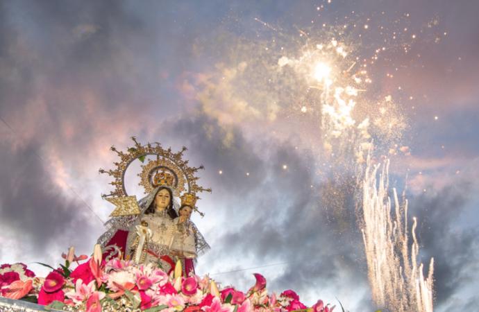 La Patrona de Torrejón, la Virgen del Rosario, volvió a las calles en un emocionante regreso tras las restricciones del Covid 19
